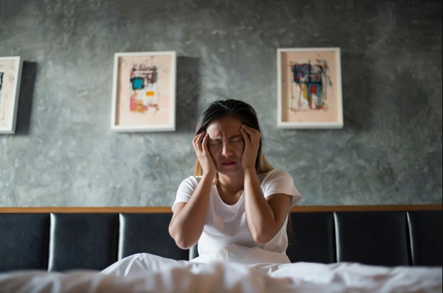 Penyebab Susah Tidur dan Sering Sakit Kepala