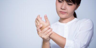 cara menghilangkan kebas kaki dan tangan